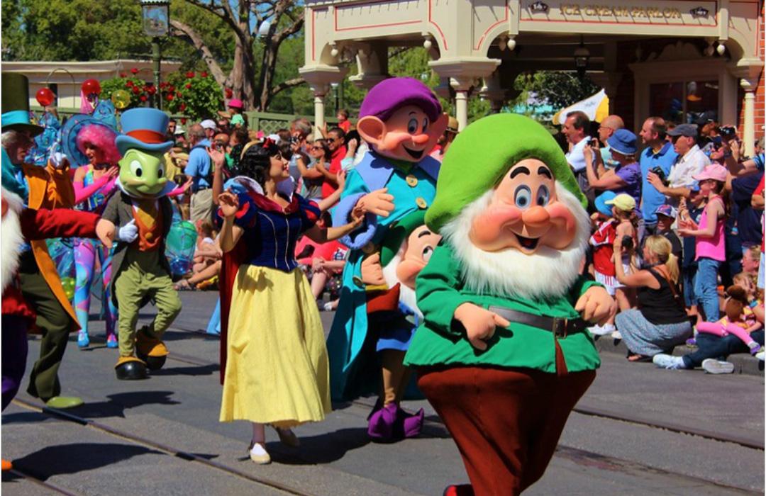 Snow White Parade